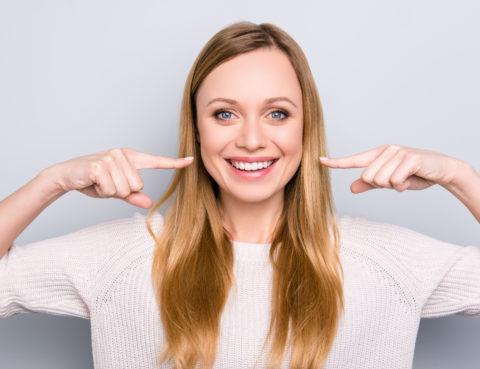Por qué sangran las encías